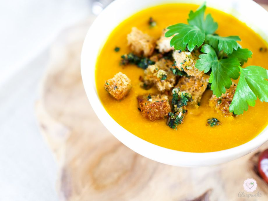 Ein leckeres, wärmendes Kürbis-Möhren-Curry – ein Rezept nach TCM (traditionell, chinesische Medizin)!