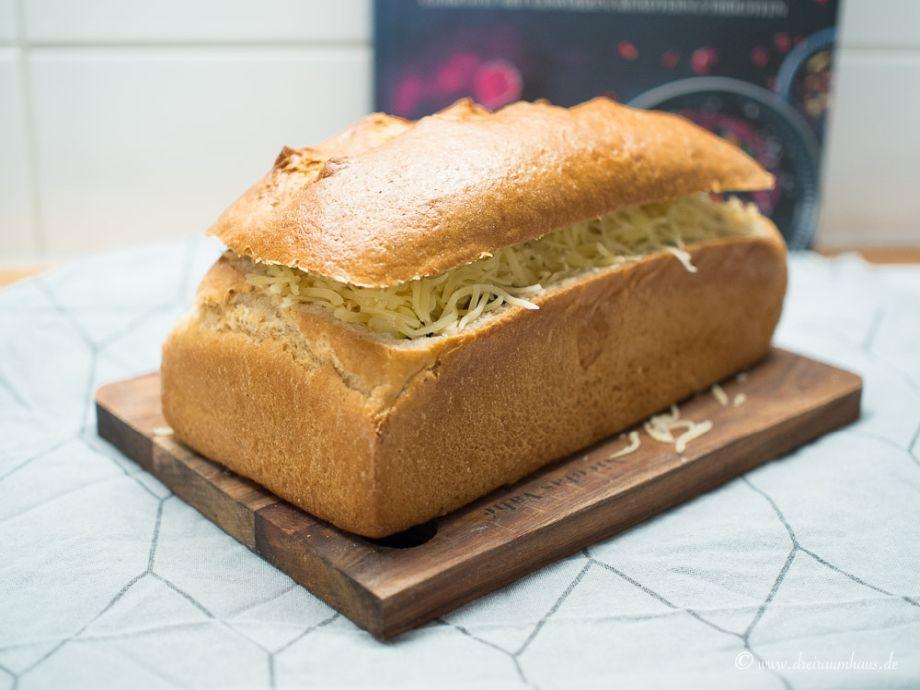 Das leckerste Brot mit Hackfleischfüllung im YUMMIE! Freitagsmampf…