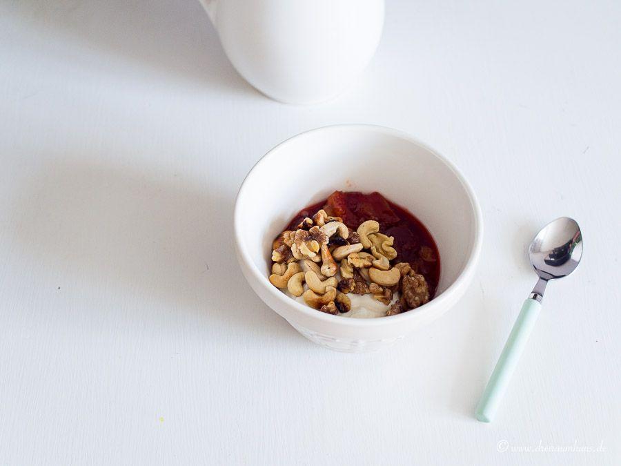 Motivation für Frauen – ein Tagebuch: Gesundes Frühstück mit Pflaumen und Skyr!