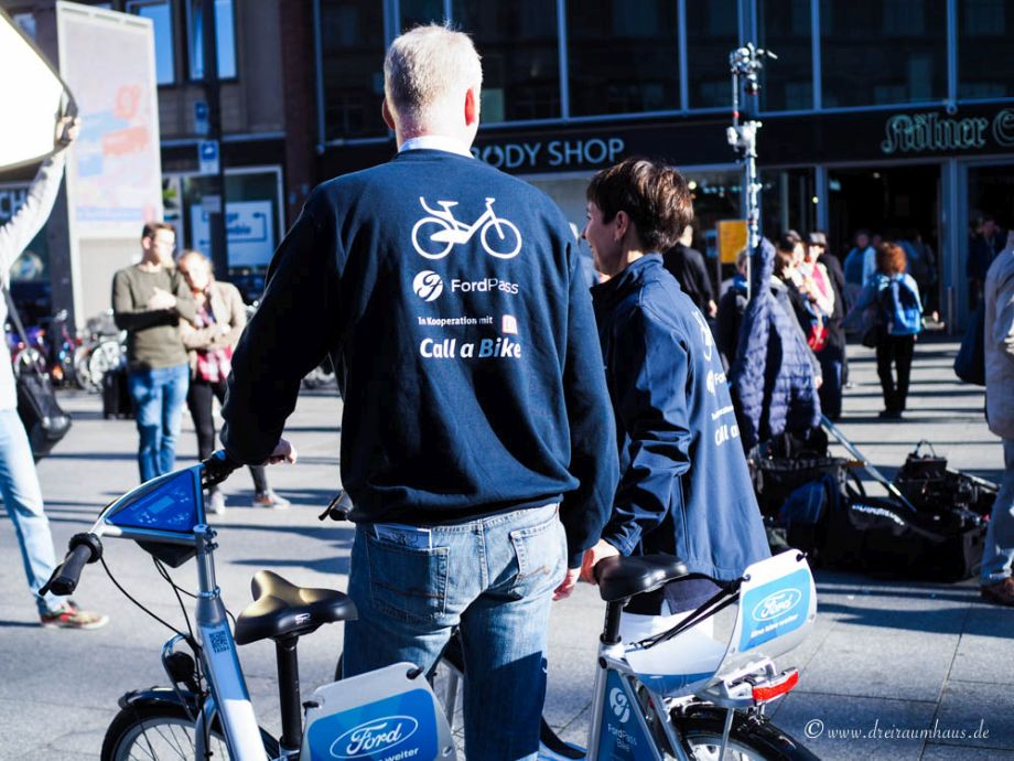 Ich laufe, bleibe stehen und lausche...ein Herz und zwei mal Heimat...ein mobiler Citytrip mit Leihrädern von FordPass Bike in Köln und Düsseldorf!