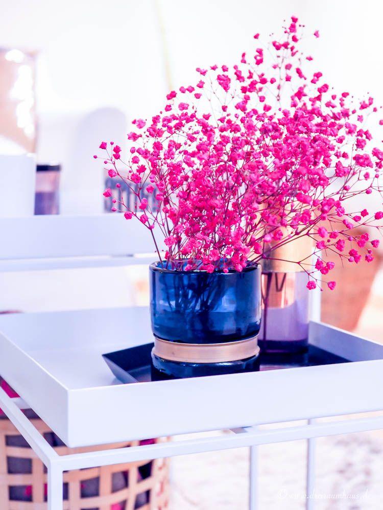 living wie kleinigkeiten das wohngef hl ver ndern goldt ne und samt f r die dunkle jahreszeit. Black Bedroom Furniture Sets. Home Design Ideas