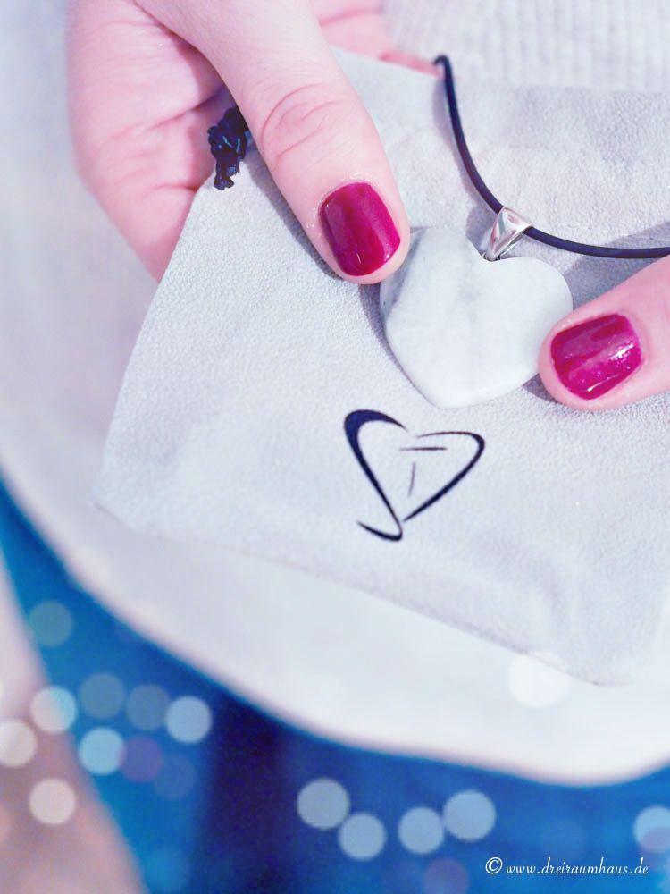 Wie man zu Weihnachten Erinnerungen verschenken kann...zauberhafte Geschenkideen zu Weihnachten mit StoneTrip Steinschmuck!