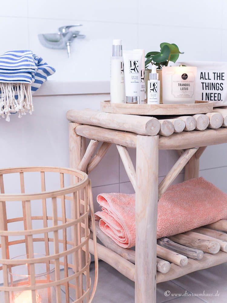 Eine Badewanne voller Schaumberge und ein DETOX-Wochenende für die Haut mit DETOX INTENSE! Wer macht mit?