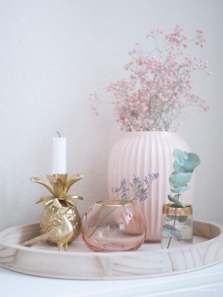 DEKOSAMSTAG - Wie Du Dekoration in gold und rosa hübsch zusammenstellen kannst! #dekosamstag Dekoration mit Bloomingville!