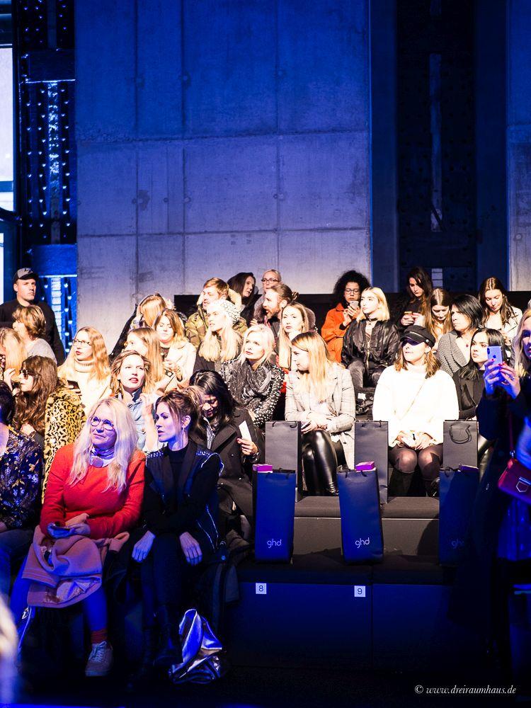 """Wie man als """"Ich"""" zur Fashion Week geht und was CHANTRÉ LIQUEUR CARAMEL damit zu tun hat..und die Fashionshow von Irene Luft."""