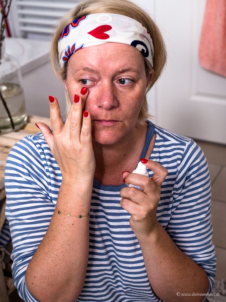 Selbstzweifel, Jogginghosen und unpraktischen Negligés...Anti Aging Hautpflege mit Dermasence Chrono retare