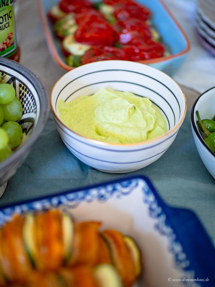 Char-Broil Grill2Go X200 Erfahrungsbericht mit Rezepten für Grillbeilagen Ofentomaten Caprese und Hasselback Kartoffeln