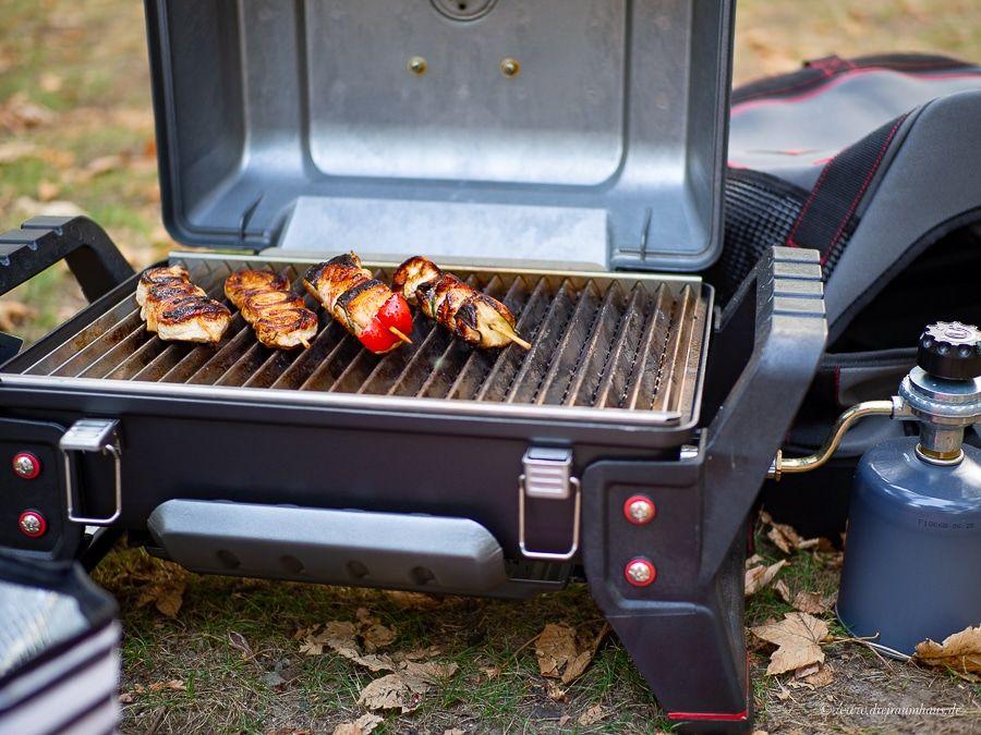 Ofengemüse gratiniertem Ziegenkäse als Grillbeilage und der Char-Broil Grill2Go im Outdoortest! Ein Gasgrill für unterwegs.