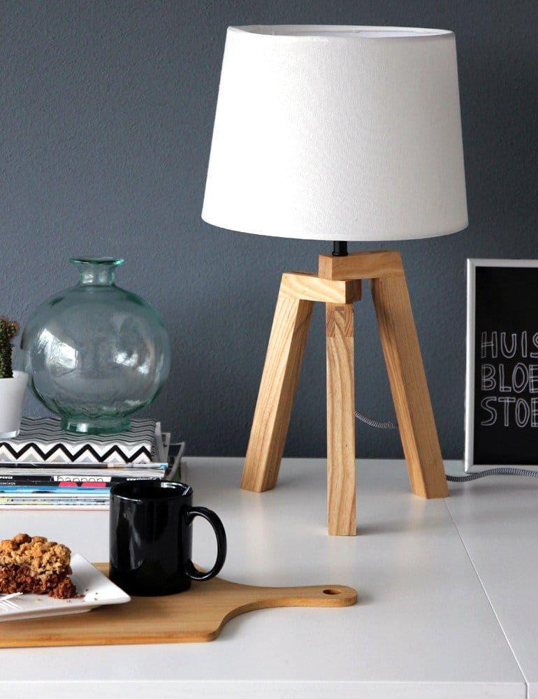 Dekosamstag: Lichtplanung in kleinen Räumen! Die gemeine Tischlampe.....