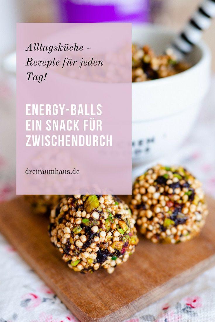 Küchengeflüster für den Alltag: Energy Balls mit Pistazien und Pflaumen als Snack zwischendurch!