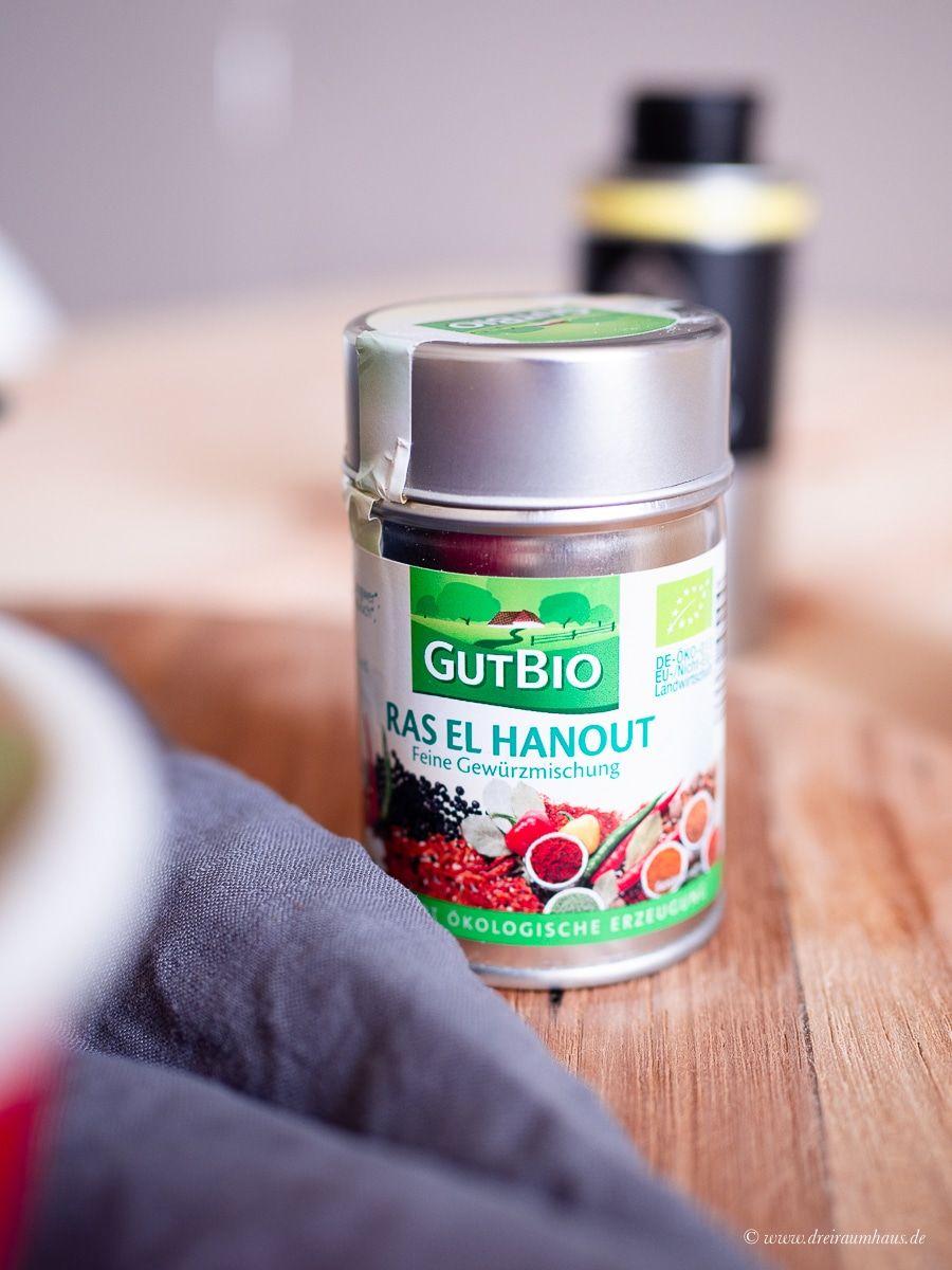 Küchengeflüster für den Alltag: Kichererbsen-Curry mit Kokosmilch und gerösteten Pita-Streifen!