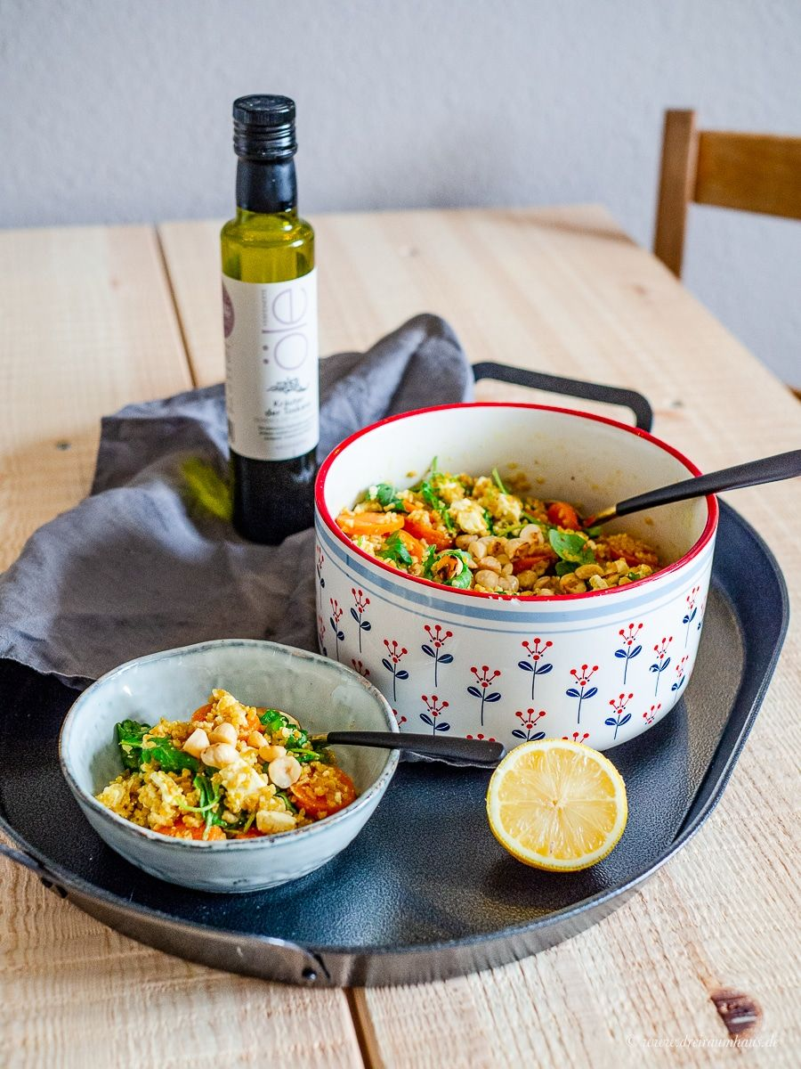 Küchengeflüster für den Alltag: Nuss-Bulgur mit Honigmöhren und Fetakäse!