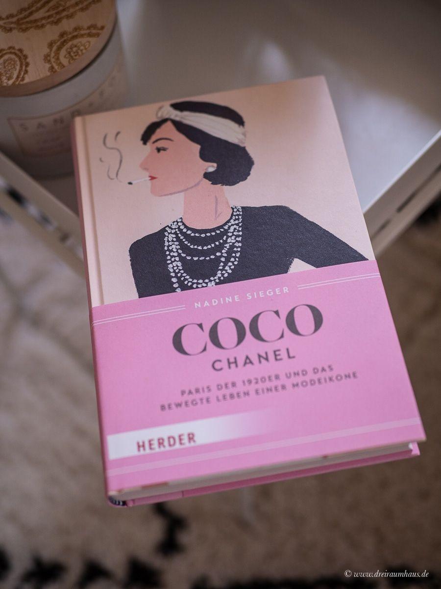 DAS MUTIGSTE, WAS MAN MACHEN KANN, IST, EIGENSTÄNDIG ZU DENKEN. UND ZWAR LAUTSTARK! (Coco Chanel)