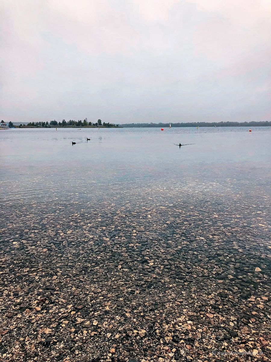 Warum unser inneres Gleichgewicht im Herbst eine besondere Rolle spielt und ein Tag - voller Herbstglück - am See mit ültje Erdnuss!