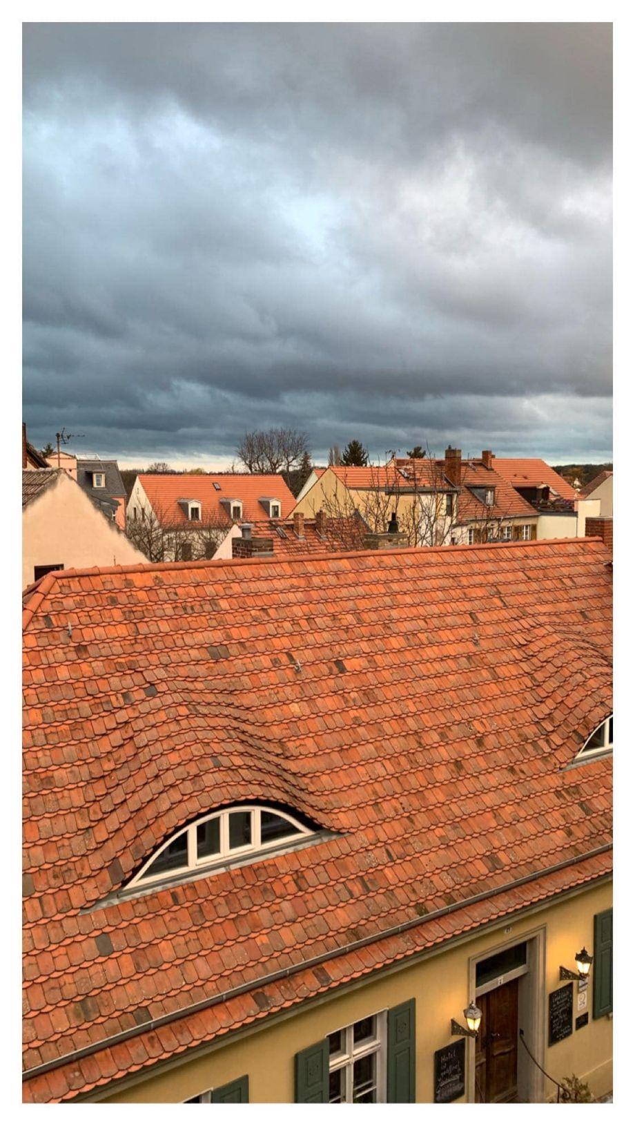 Einrichtung kleiner Wohnräume: TIPPS und GRUNDREGELN für das Einrichten und Dekorieren von kleinen Wohnräume! Mit dem Geberit Dusch WC im Flying Space von Schwerer Haus in Werder Havel!