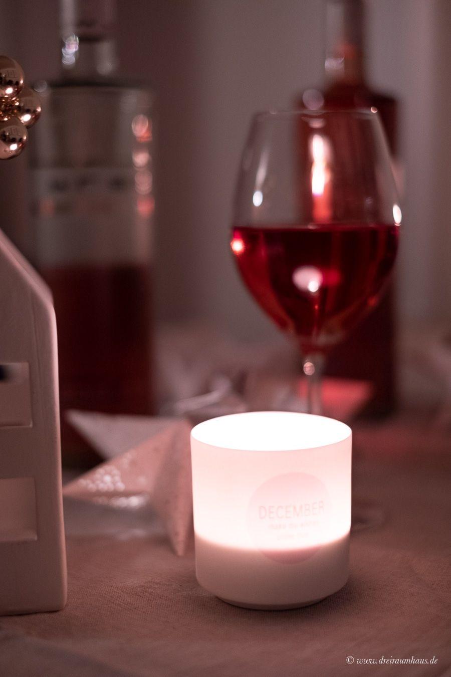 WIE GEHT WEIHNACHTEN NACH EINEM NEUANFANG? Außerdem eine leckere Lachsrolle und BREE Pinot Noir Rosé!