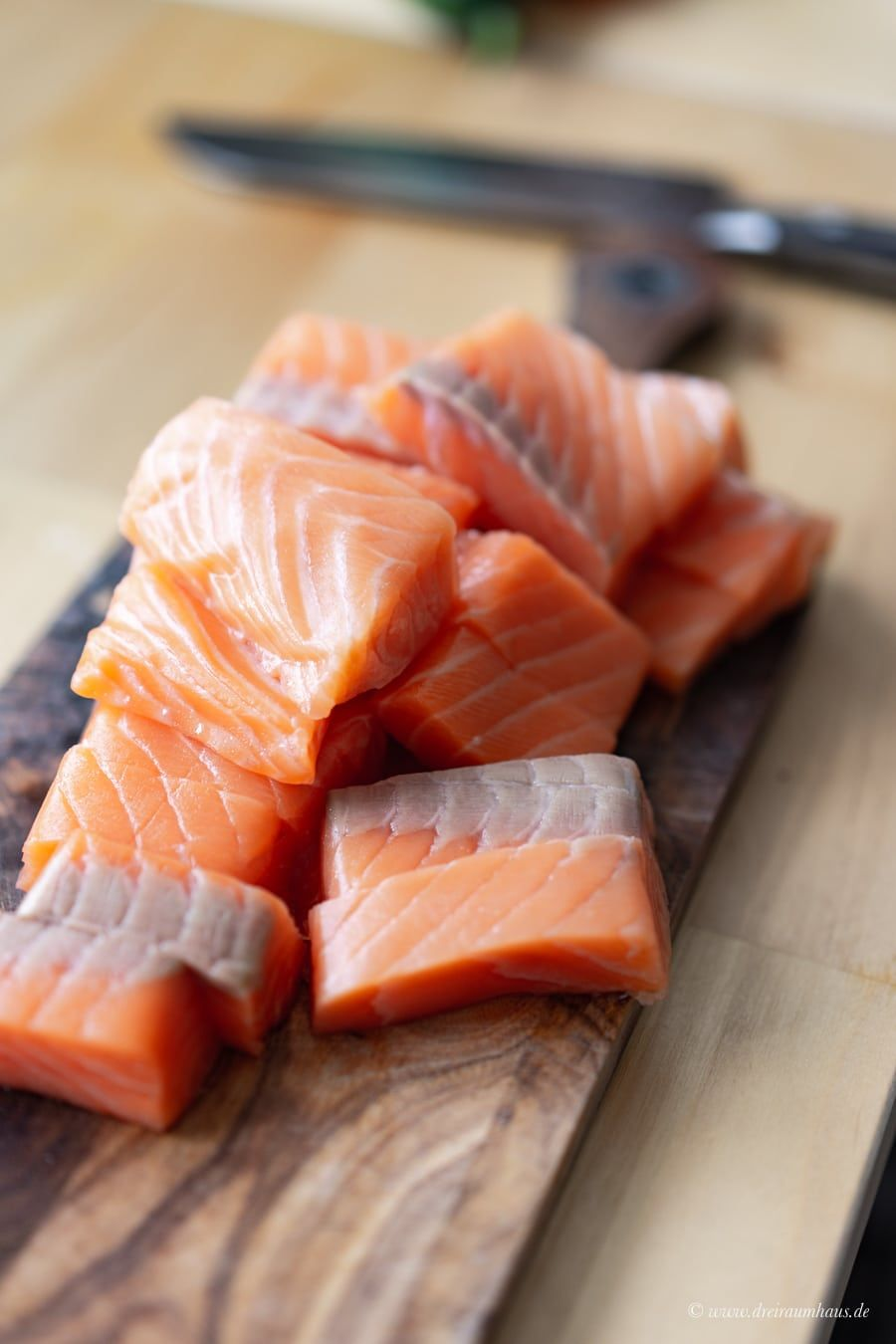 Dekosamstag: Ein flexibler Beistelltisch von Ferm Living und Lachs Fischstäbchen Deluxe im Pankomantel!