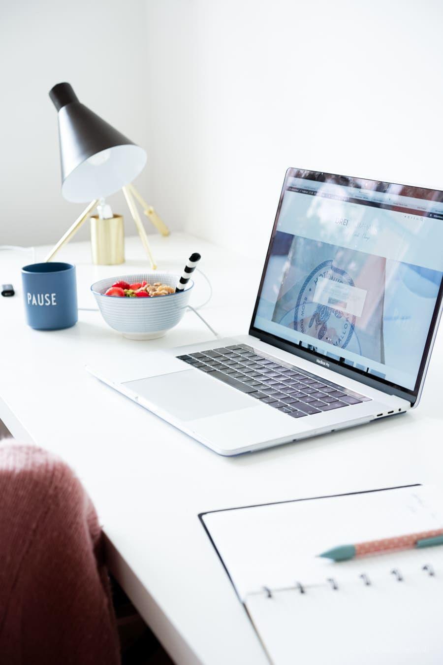 Designe dein Regal mit MYCS - die perfekte Lösung für Stauräume!