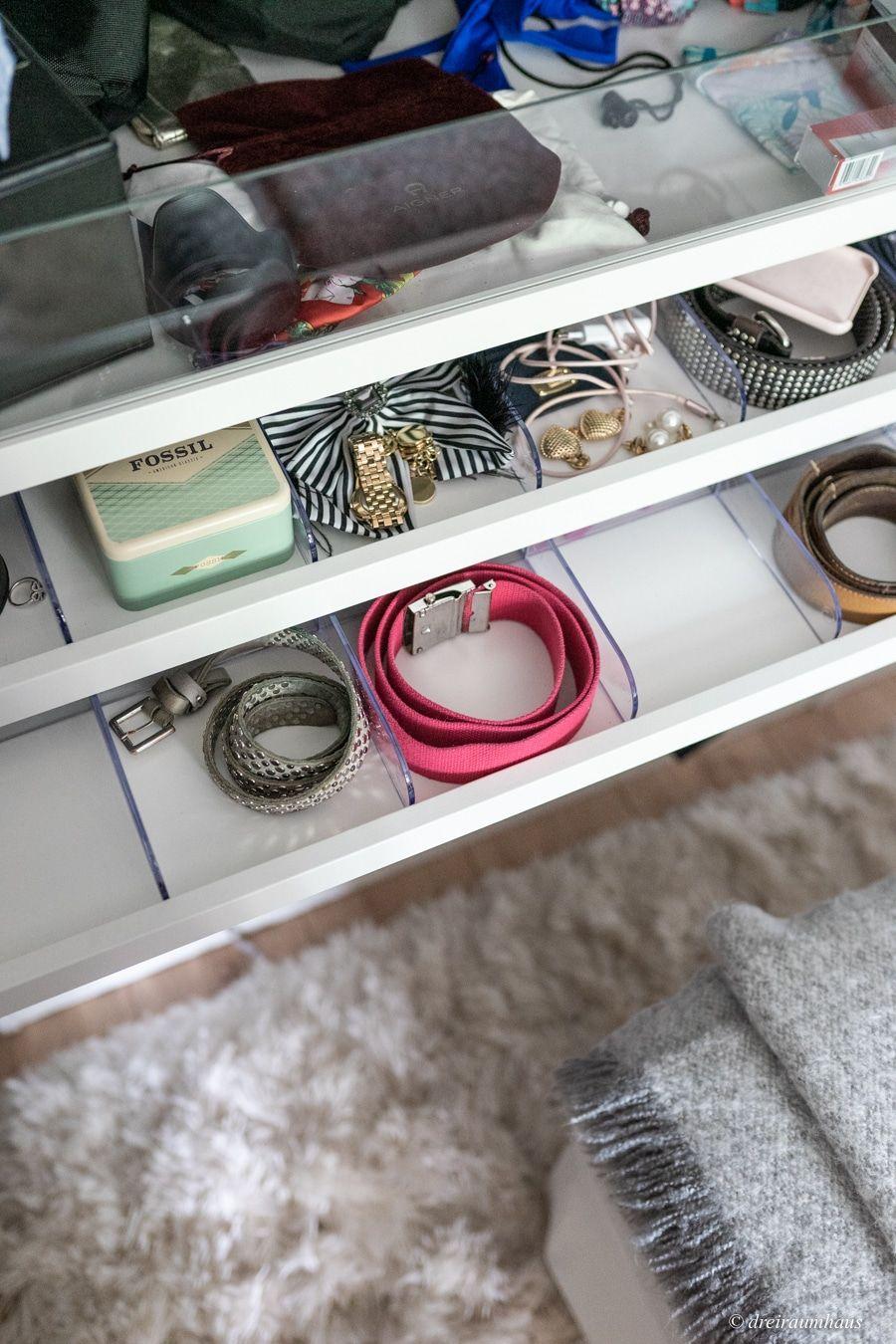 Dekosamstag: Warum mir Ordnung im Kleiderschrank beim sparen hilft?!